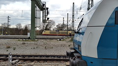 Watching from afar/Von ferne zusehen (dolanansepur) Tags: alex train br siemens eisenbahn railway zug db german bahn 103 intercity deutsche 223 er20 eurorunner lnderbahn