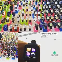 วันนี้ได้มีโอกาสมาดู  WATCH ตัวจริงที่สาขา Buffalo Market มีรุ่น Edition ทองคำบริสุทธิ์ 99% ราคาสูงถึง 300,000 เหมือนต่างประเทศเลย เลยลองซื้อรุ่นธรรมดามาลอง เจ๋งมากกกก #applewatch