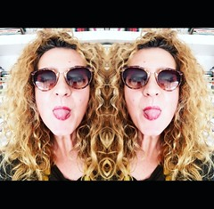 doble m (marghe_rituccia) Tags: me mirror capelli iphone happyme selfie photomirror tangue margheritamemeo dobleme dobletounge