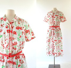 1960s red floral print dress, from Tanner (Small Earth Vintage) Tags: red 60s dress tanner 1960s vintageclothing vintagefashion floralprintdress smallearthvintage