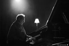 Le Pianiste (episode_64) Tags: ctrio crestjazzvocal crest concert piano