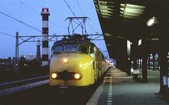 Hoek van Holland Haven, boottrein uit Amsterdam (Ahrend01) Tags: haven holland station amsterdam ns van vuurtoren hoek hondekop boottrein