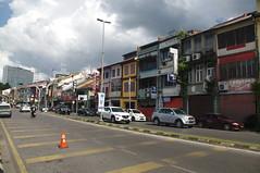 Kuching, Sarawak, Malaysia (ARNAUD_Z_VOYAGE) Tags: kuching sarawak malaysia federal territory national capital city landscape south east asia street market island borneo color