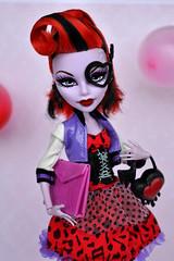 My new doll - Operetta  (dasha.savitskaya13) Tags: monster high monsterhigh operetta doll dolls fashion collection beautiful nice kind red purple black white girl pink