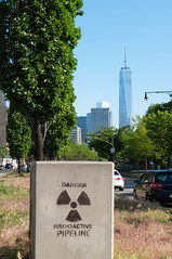 Radioactive! (Brad Clinesmith) Tags: nyc newyorkcity manhattan worldtradecenter radioactive wtc hudsonrivergreenway