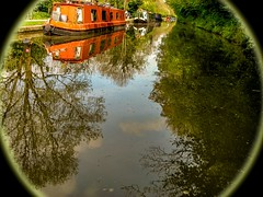 CAN_22 (ChrisStov) Tags: water reflections canal waterreflections bradfordonavoncanal bradfordandkennetcanal