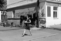 (nVa17) Tags: street city summer urban blackandwhite bw woman girl walking blackwhite walk strangers streetphotography stranger fujifilm streetphoto perm citizen bnw blackandwhitephotography город прогулка женщина девушка xm1 чб 53mm пермь незнакомка незнакомцы