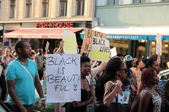 Black Lives Matter- Demo in Berlin, Juli 2016 (bsdphoto) Tags: demonstration protest demo berlin politik blacklivesmatter rassismus solidaritt schwarze blackcommunity peopleofcolor farbige kreuzberg oranienstrase deutschland deu