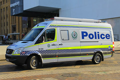 CJH-85H(AU), The Rocks, Sydney, September 14th 2014 (Suburban_Jogger) Tags: cjh85h sc82 mercedes sprinter nsw newsouthwalespoliceforce emergencyvehicle policevan bluelights patrolcar therocks sydney newsouthwales september 2014 spring canon 60d 1855mm transport vehicle