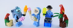 Freeze on vacation (Alex THELEGOFAN) Tags: mr freeze captain cold ice cream parrot henchman plant dc comics super heroes legography