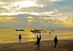Another Sunset at Malabero Beach - Bengkulu (Adriansyah Putera) Tags: malaberobeach pantaimalabero beach sunset pantai malabro bengkulu senja twilight mataharitenggelam dusk
