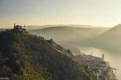 Drnstein - Wachau (davidschreiberphotography) Tags: autumn trees sunlight mist mountains nature composition river landscape ruin valley danube wachau drnstein