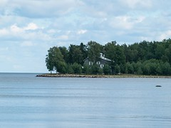 P7096128 (thence5) Tags: thence5 1265 minesweeper      petrozavodsk    sonya onego onegalake