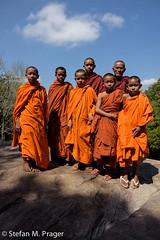 421-Kamb-Kampot-095.jpg (stefan m. prager) Tags: bokorhillstation bokormountaintour buddhism buddhismus cambodia kambodscha kampot monk mnch nikond810 novize preahmonivongnationalpark kaohtouch