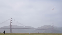 DSC_0589 (Nicholas Gales) Tags: sanfrancisco goldengatebridge summer kite