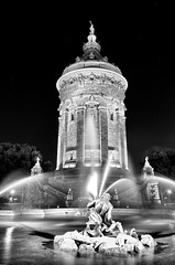 Mannheim 36_MAW7460 (camera2m) Tags: blackandwhite bw city deutschland fountain germany light longexposure ma mannheim monochrome nacht night nikon schwarzweiss stadt sw wasserturm water de reflections architecture