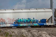 (o texano) Tags: houston texas graffiti trains freights bench benching sink zee