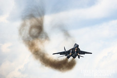 Mig 29 killing the ozone (Steve Moore-Vale) Tags: mikoyan mikoyangurevich mig29 mig jet aircraft aviation fast smoke engine display airshow riat royal international air tattoo polishairforce poland