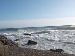 DSCF5151 (en-ri) Tags: sea sky mare spuma genova cielo zena fujifilm azzurro onde scogli orizzonte quartodeimille