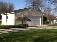 24' X 24' Front Gable with new Concrete Driveway