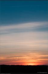 Zonsondergang in uitvoering... (Peterbijkerk.eu Photography) Tags: sunset zonsondergang nederland nl zon noordholland heiloo peterbijkerkeu willibrordusbusinesscentrum
