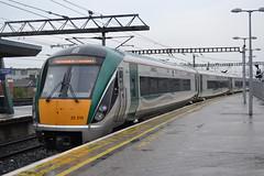 Irish Rail 22215 (Will Swain) Tags: dublin connolly station 10th june 2016 train trains rail railway railways transport travel uk britain vehicle vehicles county country southern ireland irish south east iarnród éireann 22215