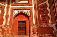 Taj Mahal 222 (David OMalley) Tags: world india heritage river site tomb taj mahal agra unesco mausoleum shah pradesh uttar jahan mughal mumtaz yamuna