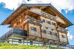 Berghaus (biglo_de) Tags: auffach koglmoos wildschnau austria sterreich thierbach oberau niederau wrgl tal berg mountain house houses huser haus berghuser schatzberg mittelstation