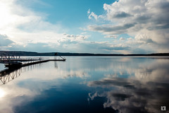 (lotl.axo) Tags: lake nature water clouds reflections germany landscape deutschland see wasser natur wolken landschaft steg mecklenburgvorpommern spiegelungen travelphotography reisefotografie warin bootsanleger mecklenburgischeseenplatte warinersee