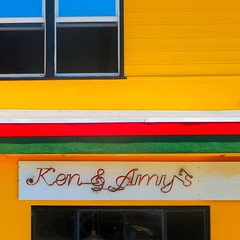 ken and amy's eagle pizzeria (msdonnalee) Tags: window yellow facade jaune ventana fenster pizza finestra amarillo gelb pizzeria fachada faade fenetre facciate commercialfacade