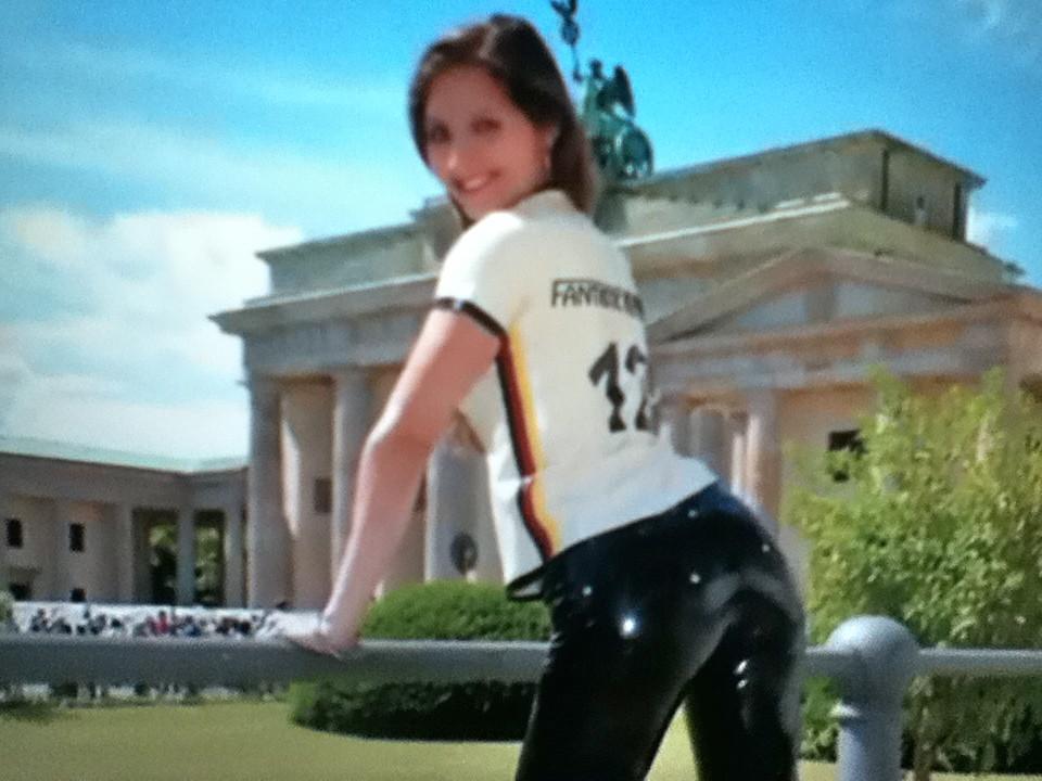 German girl in latex (Latexjeans) Tags: