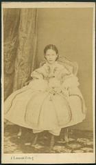 "Jean Laurent ""Retrato de la infanta Isabel de Borbn, nia"" (carte de visite, 1860) (Museo del Romanticismo) Tags: de xix visite carte fotografa siglo romanticismo jeanlaurent"