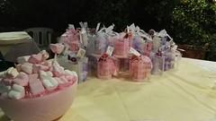 CENTROTAVOLA IN CERA CON MARSHMALLOWS (ilmiomondoincera) Tags: casa rosa marshmallows regalo vaso battesimo cera tavola decorazione cerimonia menta tondo artigianale centrotavola piperita ricorrenza paraffina
