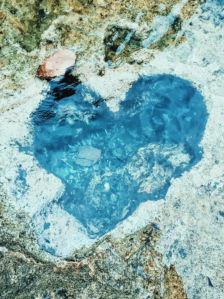 Hố đá hình trái tim ở Hang Rái
