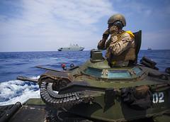 160718-M-OI464-127 (U.S. Pacific Fleet) Tags: usmc hawaii unitedstates marines usmarines ussamerica hmascanberra rimpac assaultamphibiousvehicles rimofthepacific iiimarineexpeditionaryforce 3dmarineregiment rimpac16 pmebhi rimpacmarines provisionalmarineexpeditionarybrigadehawaii christophergiannetti