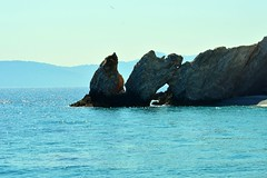 Hanging stones (Mircea D GHEORGHE) Tags: stones sea skyathos greece shore beach lalaria
