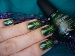 Con-fused? - China Glaze (lissa_is) Tags: nail nailpolish magntico esmalte chinaglaze