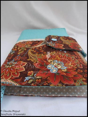 """Capa de livros """"Arabic Flowers"""""""
