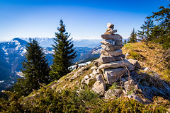 Alpine Art (PhilippN.83) Tags: blue mountains alps green tower art canon bayern bavaria eos stones kunst tokina berge grn alpen blau turm stein 700d 1116mm