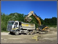 Astra HD8 - Caterpillar 330D (DaveFuma) Tags: truck opera tipper caterpillar lorry camion kipper mezz quarry cava astra excavator crawler raupen lkw tracked bagger autocarro cingolato escavatore ketten 330d ruspa hd8 excavateur ribaltabile