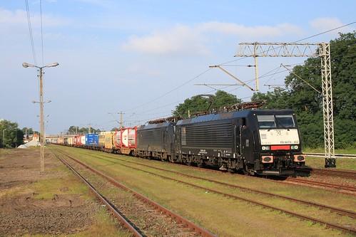 DB Cargo 189 452 + 189 457