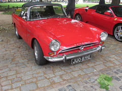 Sunbeam Tiger JUO819E (Andrew2.8i) Tags: sunbeam alpine tiger rootes group classic british sports car sportscar queen square bristol show meet red redcar