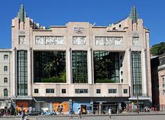 """L'ancien thtre """"Eden"""" (hans pohl) Tags: portugal lisbonne sunny ensoleill architecture buildings btiments maisons houses fentres windows faades"""