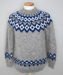 Icelandic sweater (Mytwist) Tags: lopi lopapeysa peysa icelandic icelandicsweater istex slensk iceland extra wool warm woman wolle retro timeless thick passion pullover sweater style sexy grobstrick handgestrickt handknitted handcraft heavy craft fetish fashion female unisex bulky cozy fuzzy threadsandgrooves