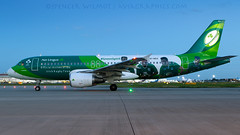 Irish Rugby Special Are Lingus A320. (spencer.wilmot) Tags: ei ein shamrock aerlingus rugby specialcolours speciallivery specialmarkings pushedback departure apron ramp lhr egll heathrow london eideo a320 airbus aviation plane airplane aircraft airliner airport airside irfu greenspirit irishrugby officialairlineoftheirishrugbyteam dark dusk night nighttime nightshoot shorthaul