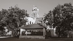 Lampasas County Courthouse (Oliver Leveritt) Tags: nikond610 afsnikkor1635mmf4gedvr oliverleverittphotography wideangle courthouse texas lampasas blackandwhite monochrome sepia platinum