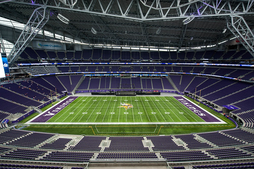 363/366 US Bank Stadium