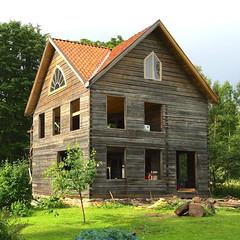 Vrmland Timber House II (hansn (2+ Million Views)) Tags: bildstrom architecture arkitektur timber house timmer hus building byggnad vrmland sweden sverige squarish square window fnster