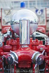1927 Ahrens-Fox firetruck. (PvRFotografie) Tags: rotterdam rotterdamzuid nederland holland cars autos truck firetruck brandweerwagen vintage red rood classiccars sonya900 minolta minoltaaf70210mmf40 vintagelens
