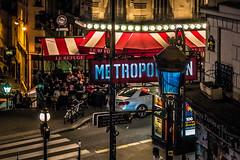 Metropolitan (_Papyrus) Tags: paris frankreich metro abends